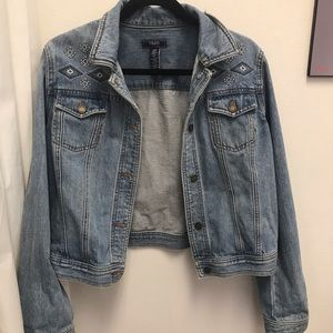 Embroidered Chaps Jean Jacket. Sz. L